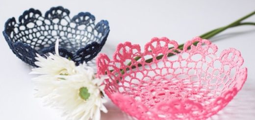 Как сделать вазочку из вязаной салфетки