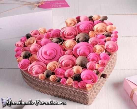 Бумажное сердце из спиральных розочек (7)