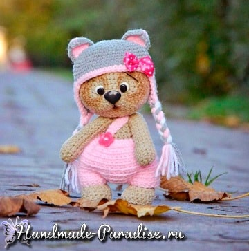 Медвежонок в шапочке. Амигуруми крючком (8)