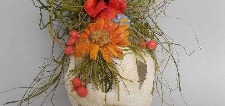 Пасхальные яйца из гипсового бинта