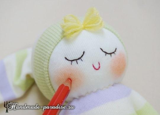Куколка сплюшка из носков (4)