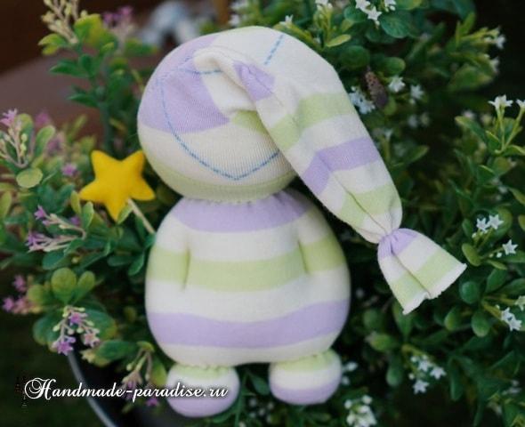 Куколка сплюшка из носков (7)