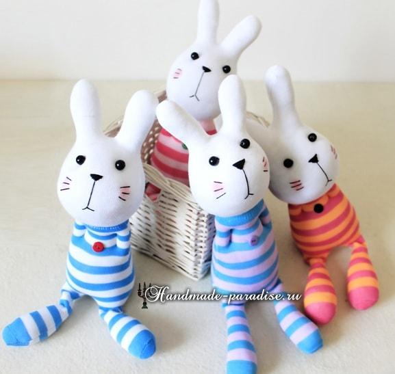 Как сшить кролика из носков (13)