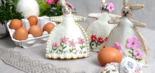 Кролики - пасхальные украшения из фетра