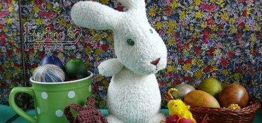 Пасхальные кролики из махровых носков