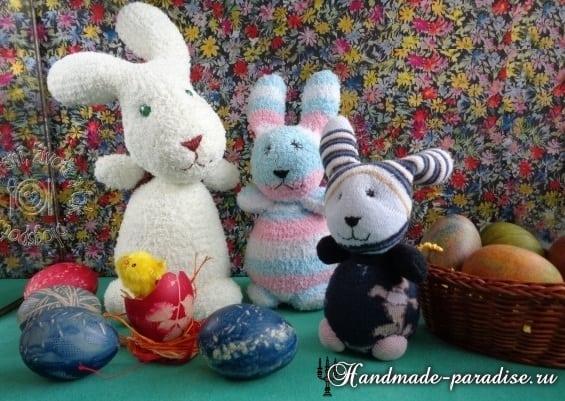 Пасхальные кролики из махровых носков (7)