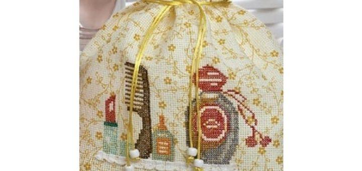 Мешочек для косметики с вышивкой. Схема