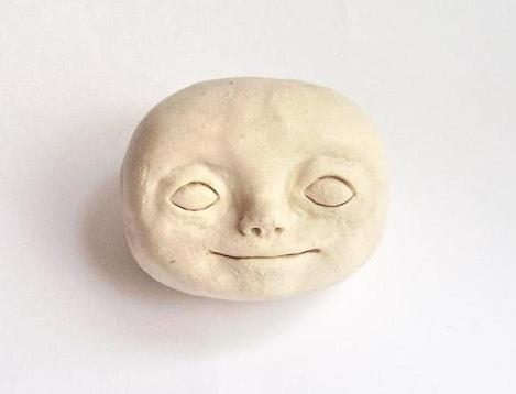 Как слепить голову куколки из полимерной глины (2)