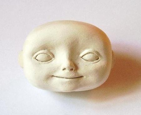 Как слепить голову куколки из полимерной глины (6)