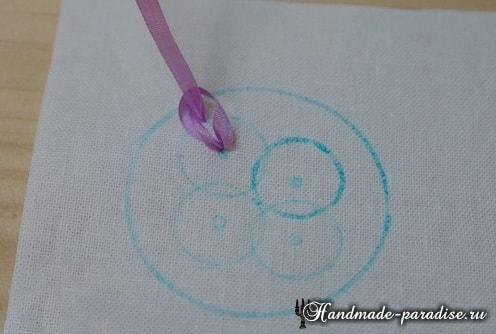 Вышивка лентами цветов для декора заколки (6)