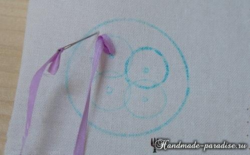 Вышивка лентами цветов для декора заколки (7)