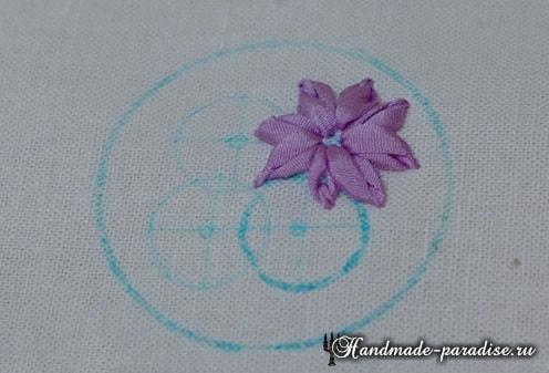 Вышивка лентами цветов для декора заколки (9)