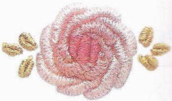 Вышивка розочек в технике рококо