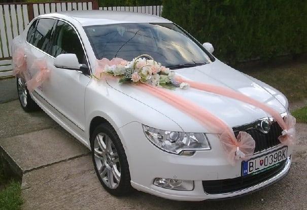 Свадебные украшения на машину своими руками. Как украсить 38