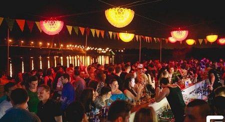 Незабываемый праздник в ночном клубе Disco Radio Hall