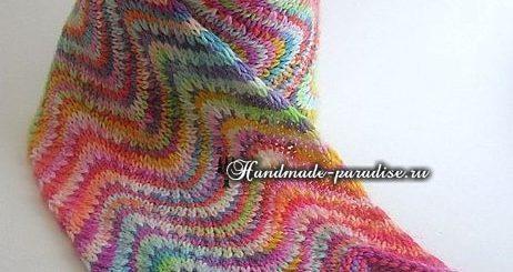 Радужный шарф волнами спицами