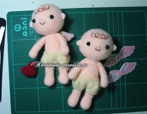 Ангел с валентинкой. Куколка амигуруми крючком (7)