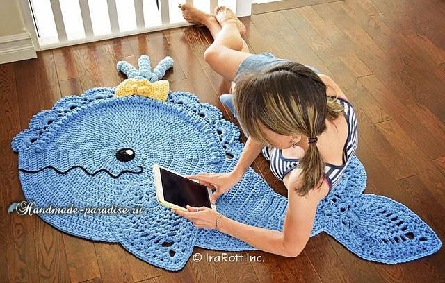 Дельфин - коврик крючком для ванной комнаты (2)