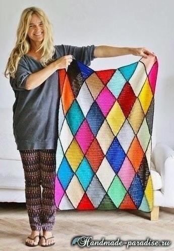 Пледы и подушки крючком разноцветными ромбами (6)
