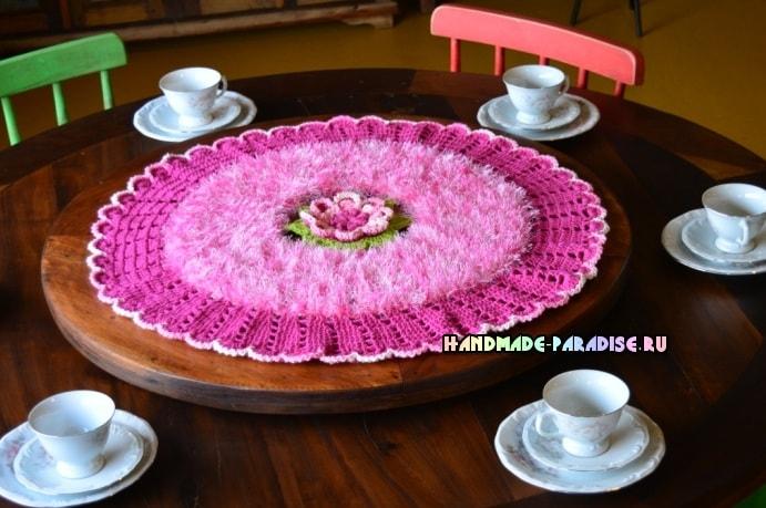 Розовая роза. Салфетка крючком из пряжи «травка» (4)