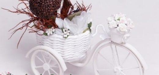 Кашпо из газет, велосипед из проволоки и кофейный топиарий (4)