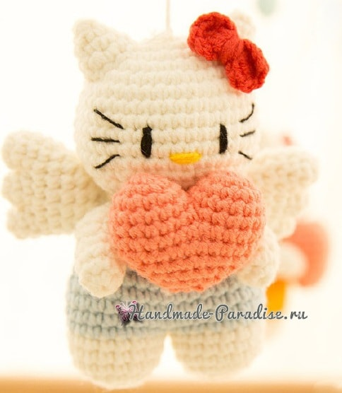 Котенок-ангел с валентинкой. Амигуруми (2)