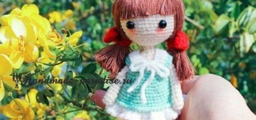 Куколка амигуруми с красными бантиками (2)