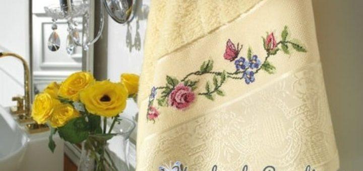 Розы и бабочка - вышивка крестом для полотенца (5)