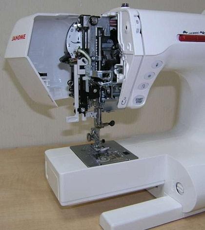 Швейная машина Janome (1)