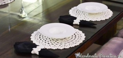Вязаные салфетки и кольца для сервировки стола (2)