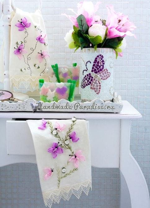 Вышивание лентами. Бабочки на полотенце (2)