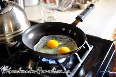 Как пожарить омлет по-новому, без масла (1)