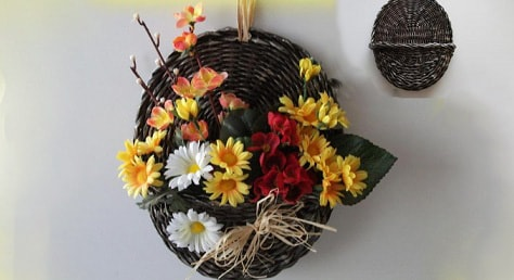 Плетение настенного кашпо для цветов (1)