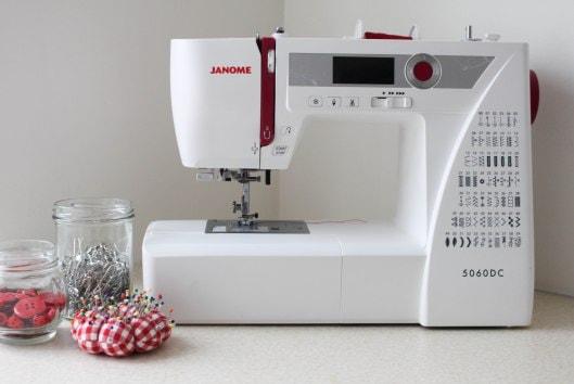 Как правильно выбрать швейную машину (1)