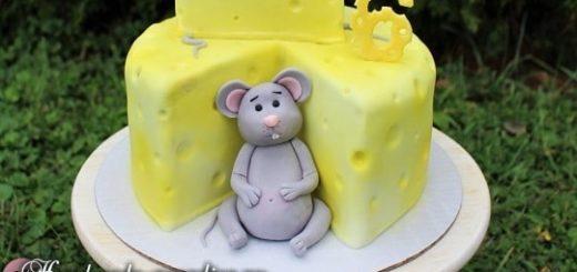 Мышка из мастики для детского торта (11)