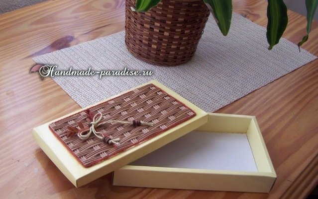 Декор коробочки плетением из гофрокартона (2)