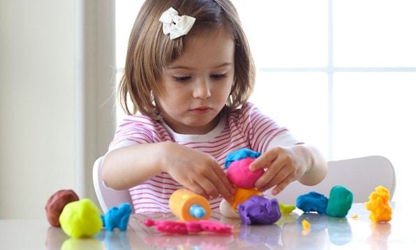 Детские игрушки. Правильные игрушки по возрасту (3)