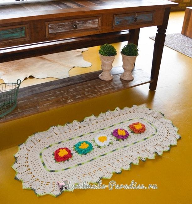 Овальная салфетка с красочными цветами (2)