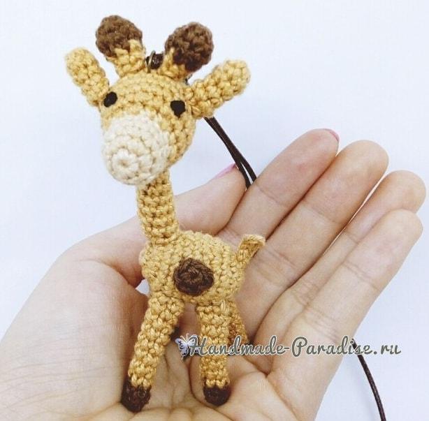 Жираф. Игрушка амигуруми крючком (1)