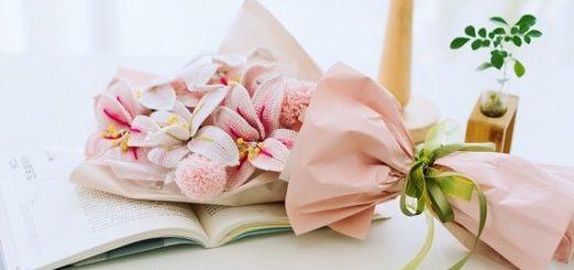 Букет вязаных крючком лилий в подарок (2)