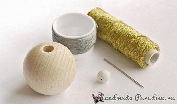 Елочные игрушки из желудей и деревянных бусин (2)