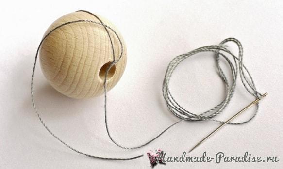 Елочные игрушки из желудей и деревянных бусин (3)