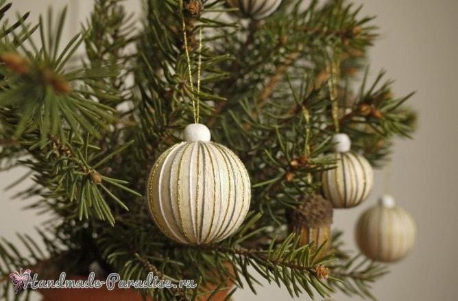 Елочные игрушки из желудей и деревянных бусин (5)