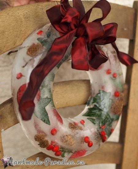 Ледяной рождественский венок из природных материалов (7)
