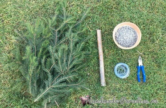 Новогодняя елка своими руками из хвойных веток (4)