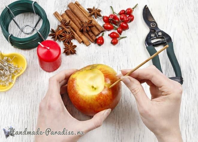 Рождественские свечи с яблочными подсвечниками (1)