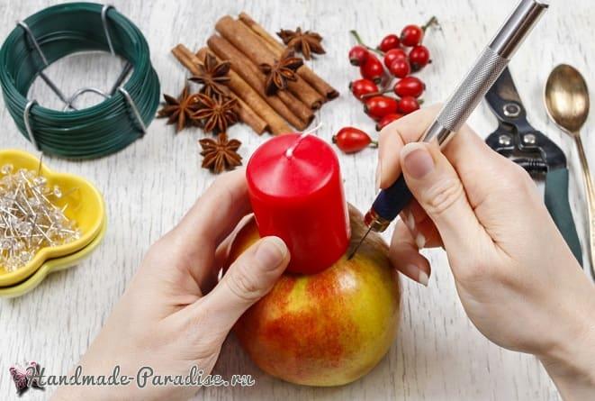 Рождественские свечи с яблочными подсвечниками (5)