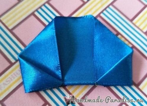Букет синих роз из атласных лент своими руками (2)