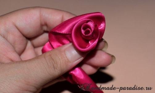 Мастер-класс - розы из лент (1)