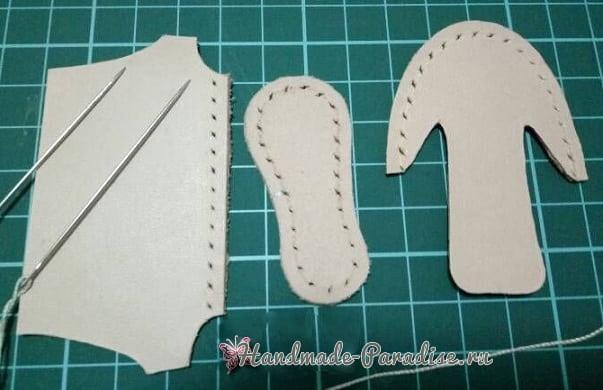 Как сшить кожаные ботинки и сумочку для куклы (18)
